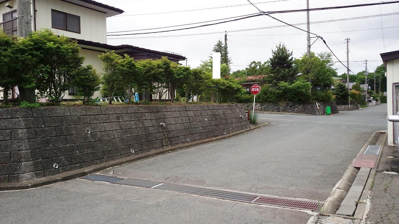 東側:公道 6.1m
