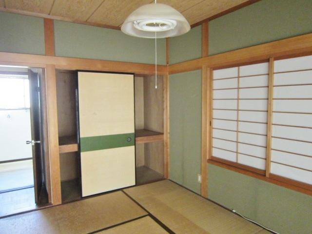 1F東側和室。
