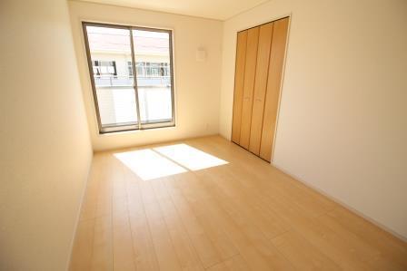 ☆2階居室6帖☆