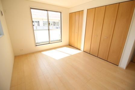 ☆2階居室8帖☆