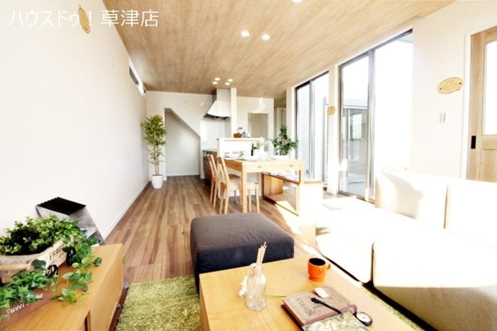 家具も展示しており、生活イメージをご体感いただけると思います。※家具は販売対象外です。