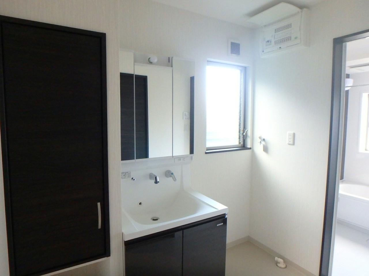 1Fトイレです。アラウーノでいつも清潔♪