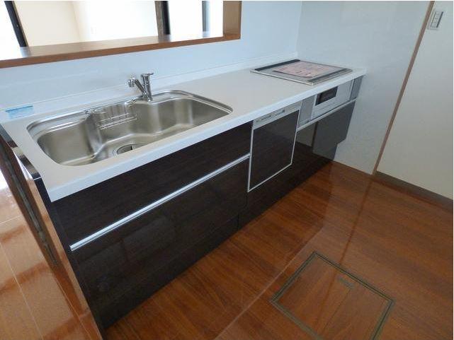 対面キッチン&食器洗浄機付き!主婦の味方です♪