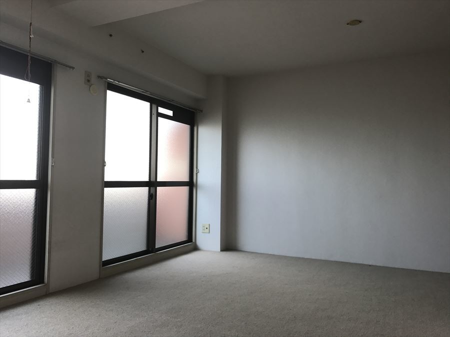 北側の洋室です。10帖以上と広いのもうれしいですね。