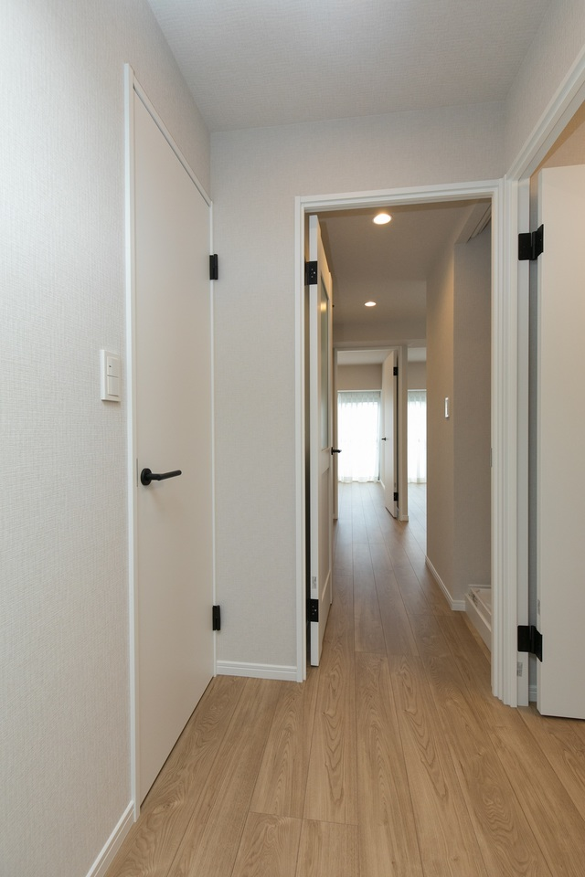 廊下(玄関側から撮影)