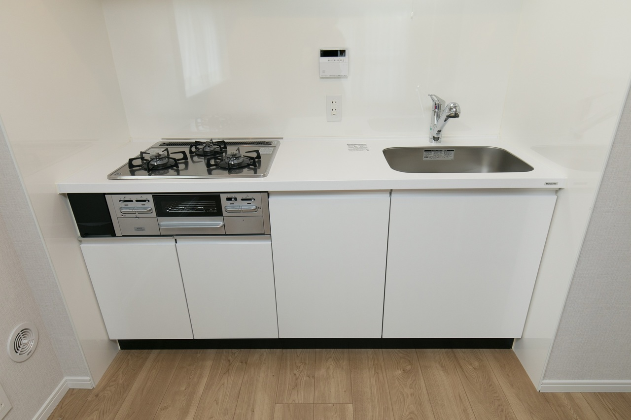 キッチン コンセントも付いていますので、キッチン家電の使用もらくらくです。