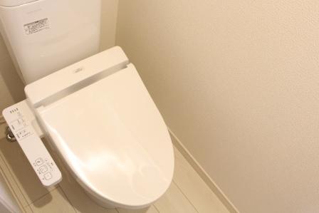 *トイレ*