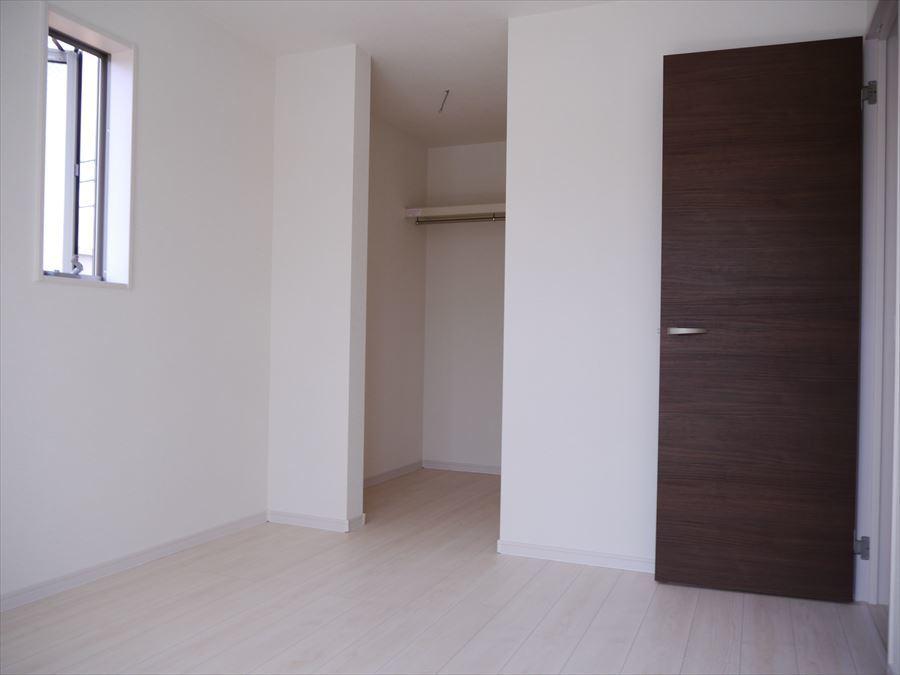 3階の洋室2部屋にはウォークインクローゼットがあり、収納力抜群です!