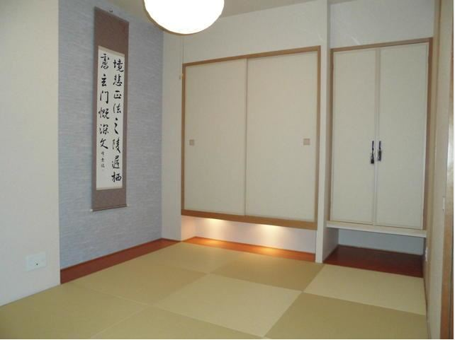 5.7帖の和室です。収納も十分にあります