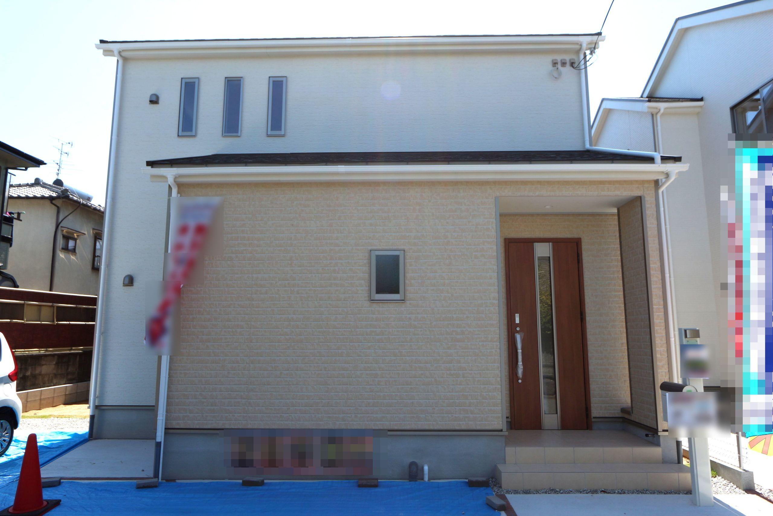 【外観写真】 完成しておりますので、お好きな日にご覧頂けます。 お支払いは月々5万円台!! お家賃並みのお支払いでマイホームが実現できます。