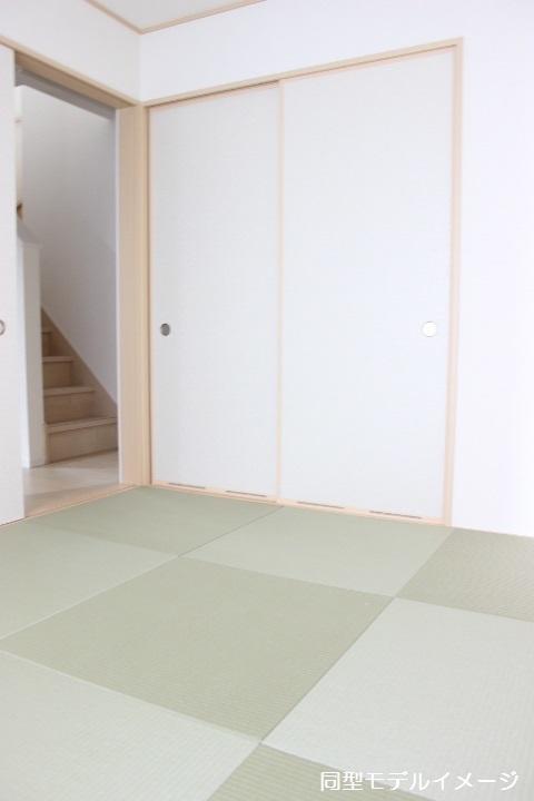 同型イメージ 和室は、客間として キッズスペースとして 家事スペースとしてマルチに使える便利な空間です
