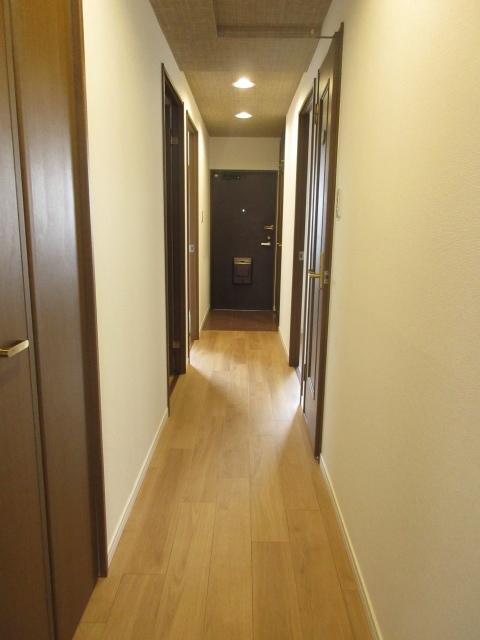 全室に繋がる廊下はプライバシーも守られます。