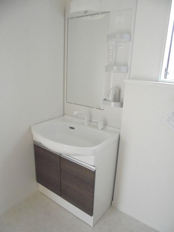 広い洗面台