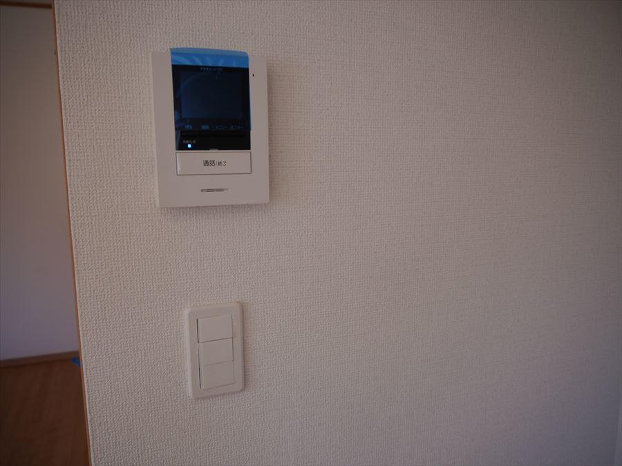 訪問があっても室内で確認ができるのは安心ですね。
