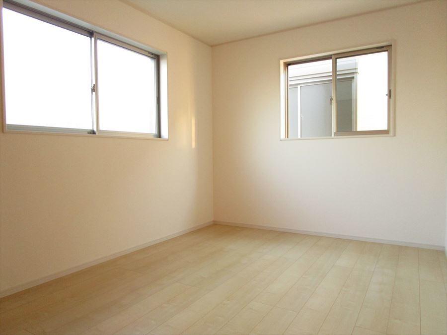 全居室6帖以上です!1人1人の空間がしっかり確保できますね♪