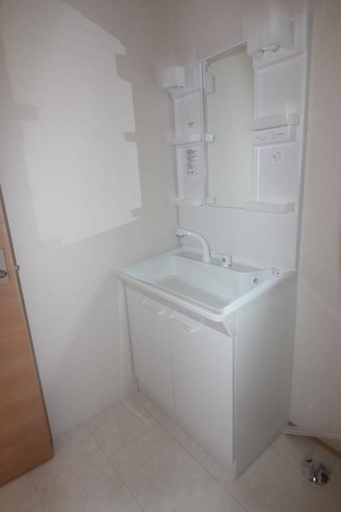 洗面台 シャンプードレッサーつき洗面台。