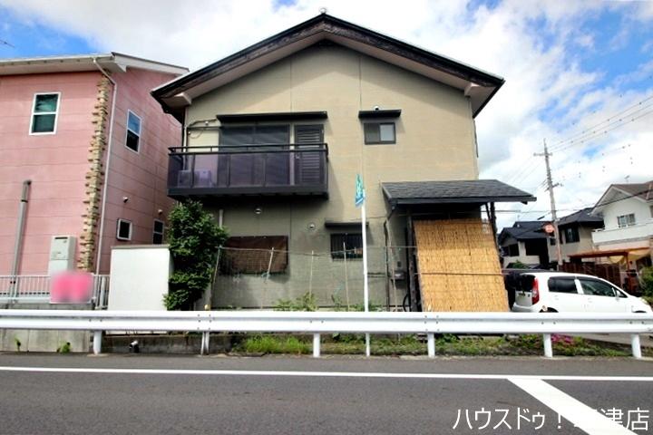 志津小学校まで徒歩18分(約1370m)