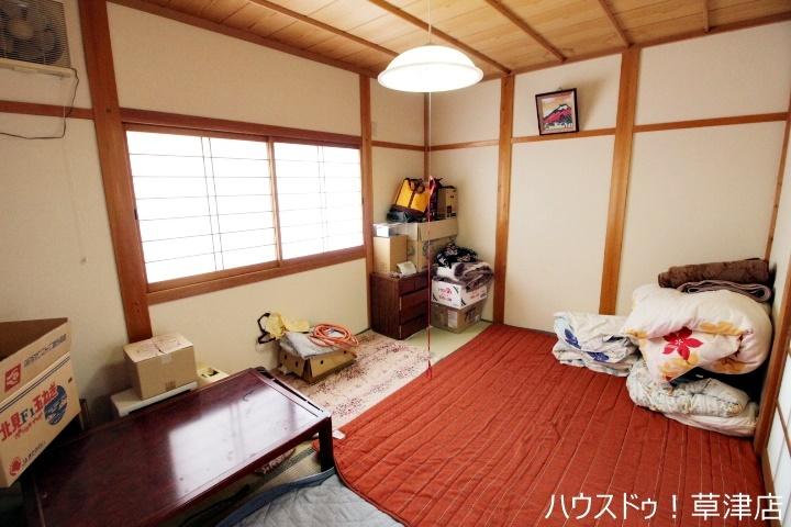 LDKに併設した約6畳の和室。ホールからも出入りできる為、居室としても使用可能です!