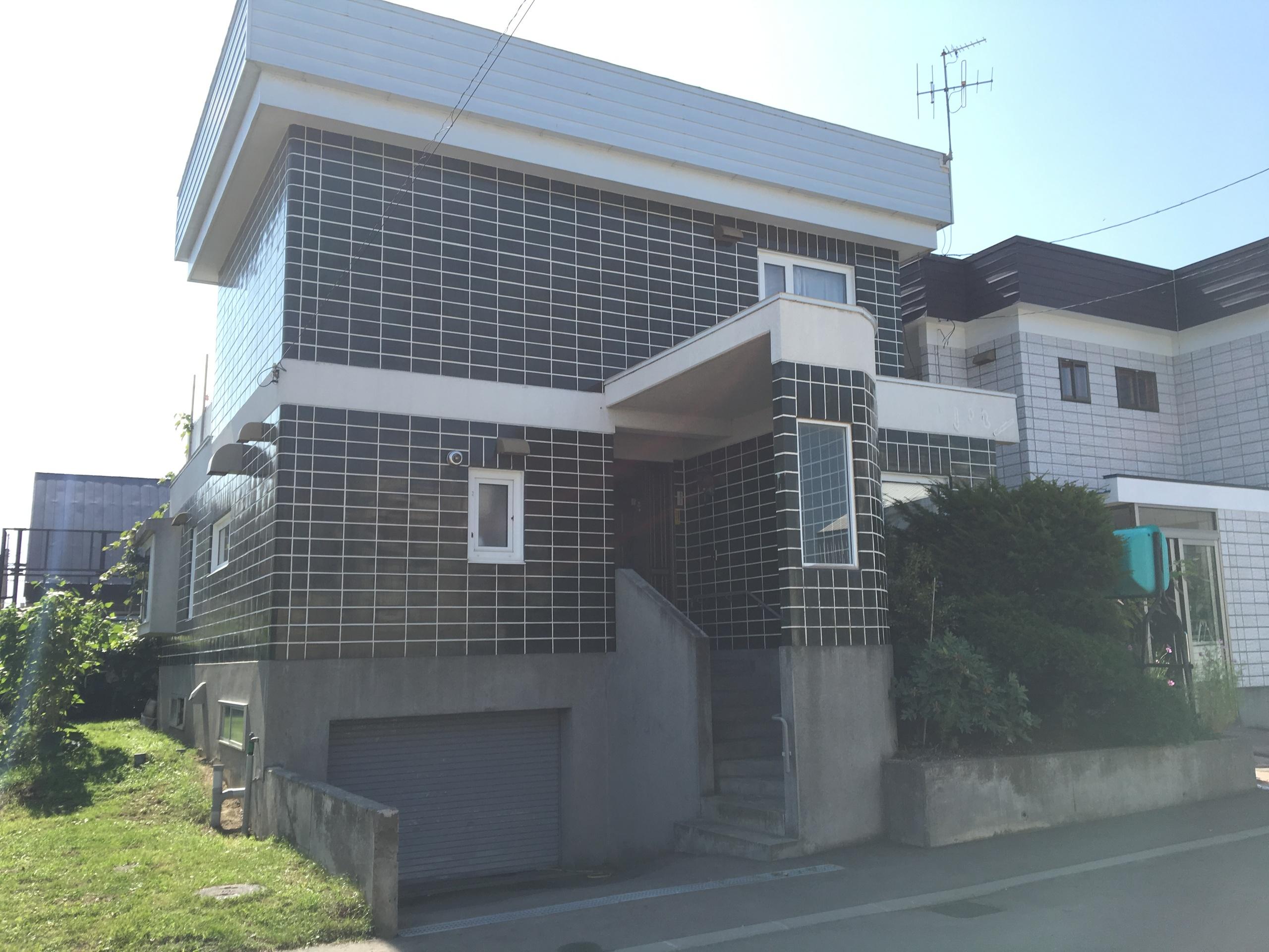【外観写真】 江別市野幌若葉町の、中古戸建です