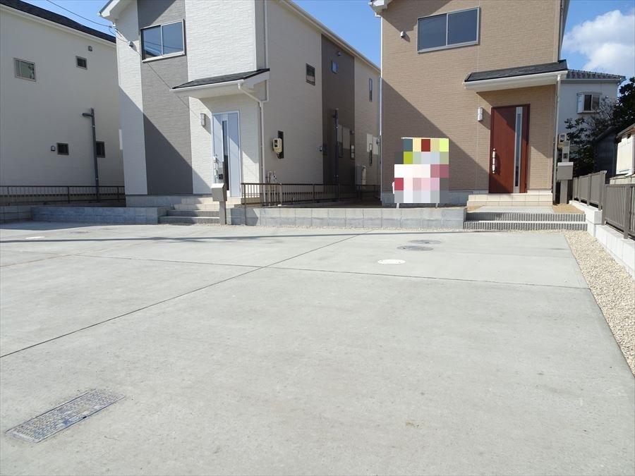 並列駐車2台できます。
