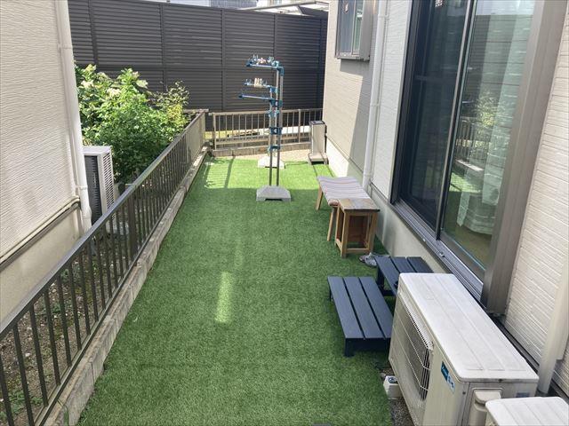 リビング横の洋室収納。ファミリークローゼットとして活用すると便利☆