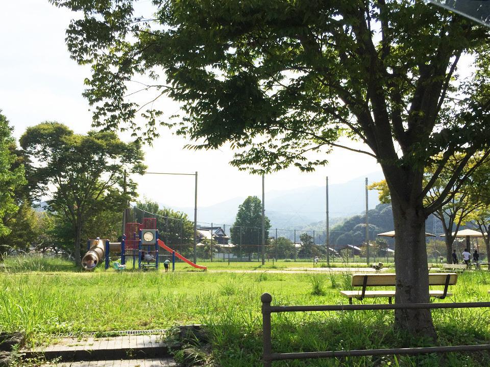 【公園】◆朽網中央公園まで約605m
