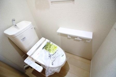 *2階 トイレ*