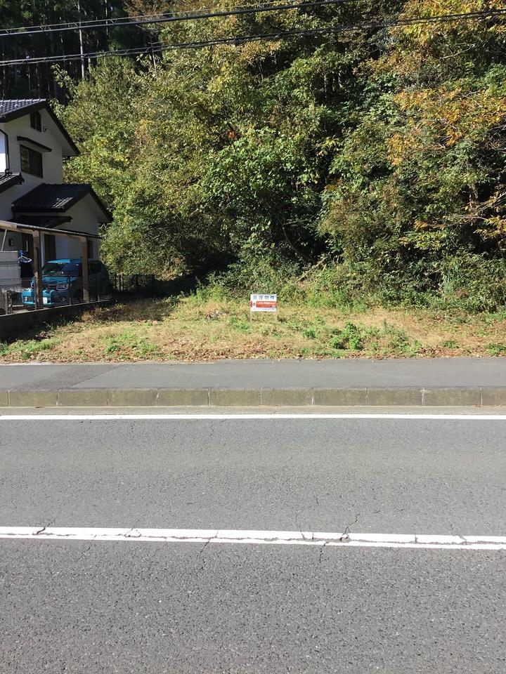 本物件の付属地(道路を挟んで向かい側) 49㎡(14.8坪)