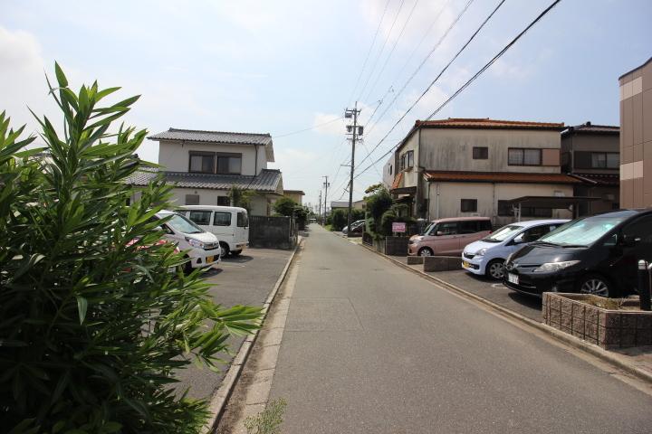 名鉄常滑線 榎戸駅まで徒歩10分 名古屋方面への通勤や通学も好アクセス。