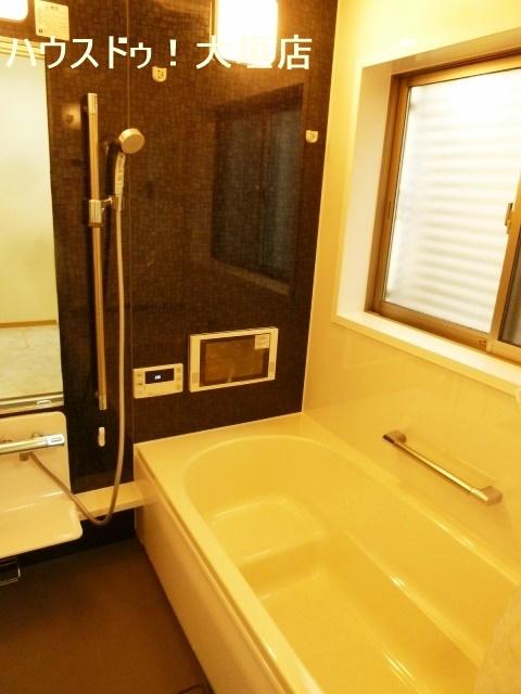 浴室乾燥機付きで雨の日の洗濯も安心です。