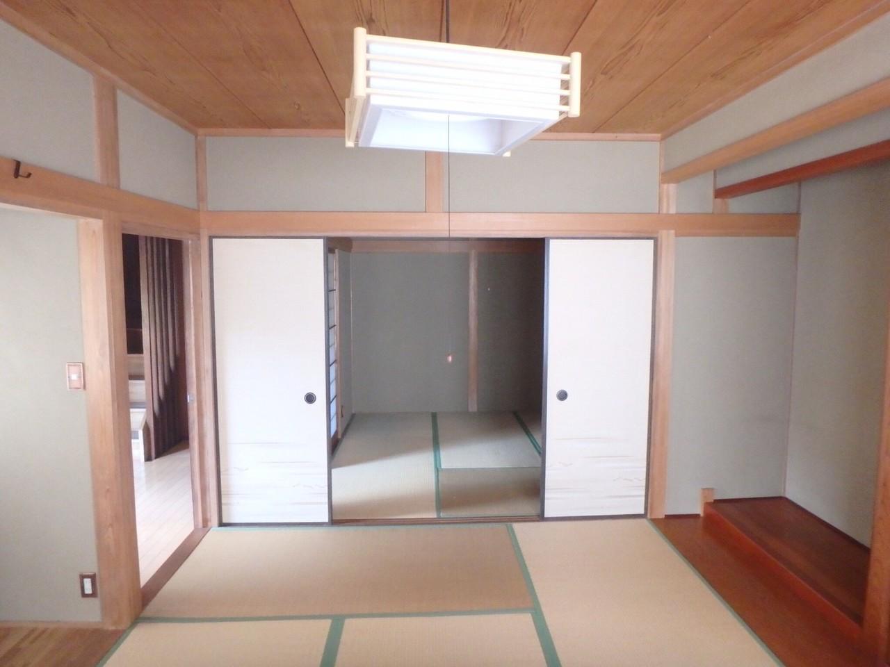 二間続きの和室です。