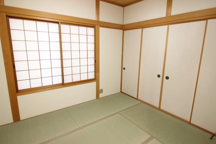 6帖和室 客間として キッズスペースとして 家事スペースとしてマルチに使える便利な空間です