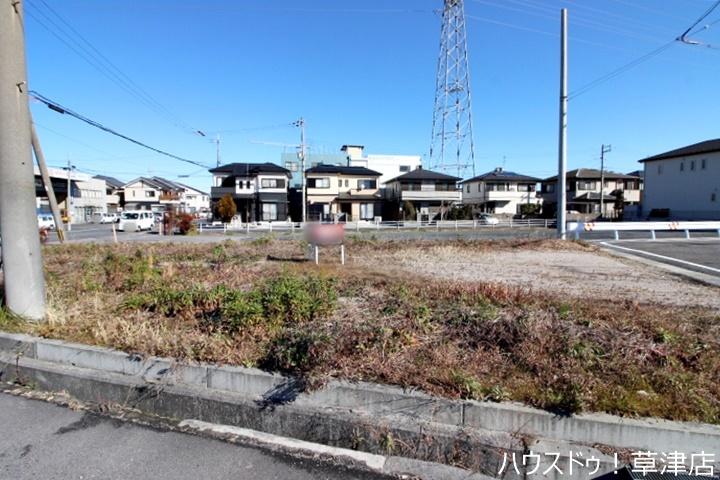 西友守山店まで徒歩19分(約1500m)