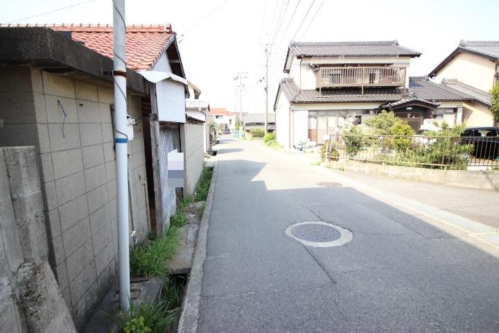 アオキスーパー乙川店まで徒歩8分(約650m)
