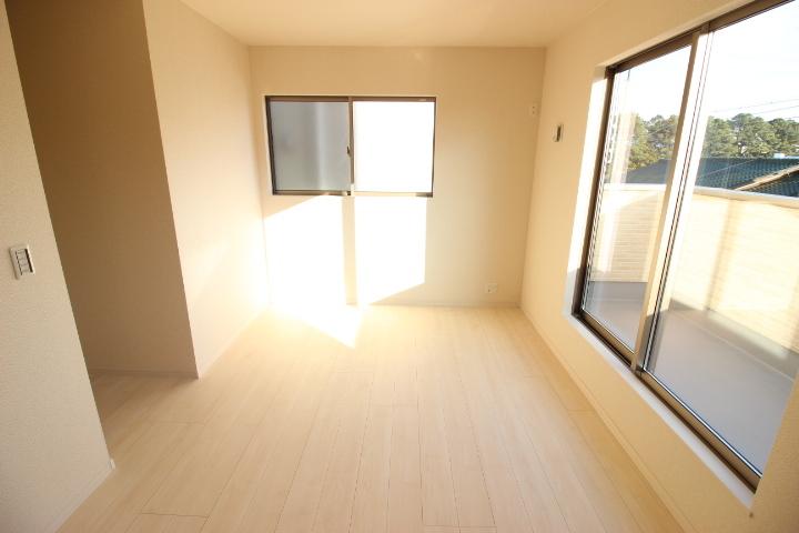 2階 6.75帖洋室 ウォークインクロゼットのある住まいで収納上手な生活