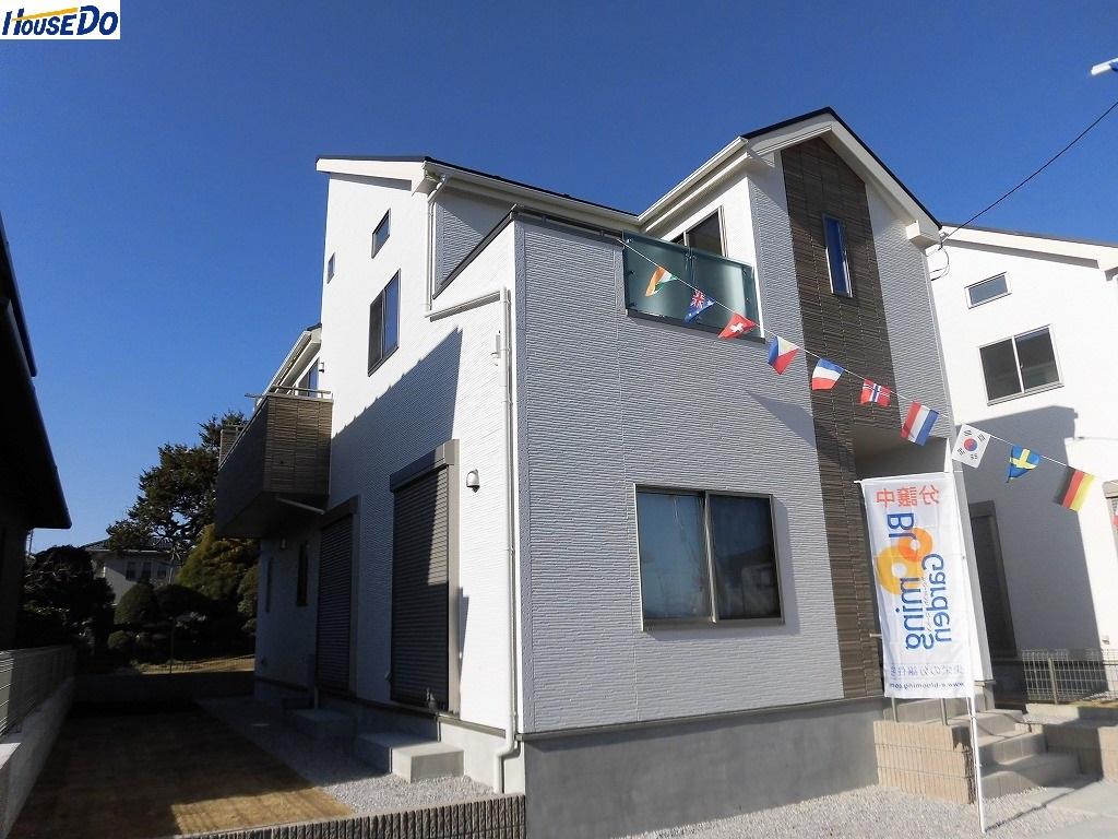 【外観写真】 2017.12.7撮影 久喜市本町1丁目新築分譲住宅です。カースペース2台可能です。