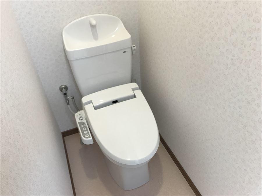洗浄便座で使用後はいつでもスッキリ!