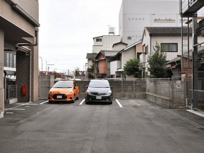 平面駐車場部分
