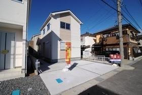 【外観写真】 ☆外観☆ 駐車スペース2台分 並列駐車可能