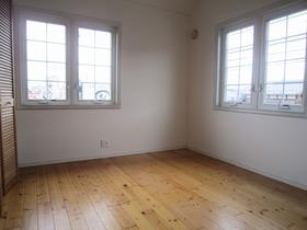 2階 洋室6.3帖