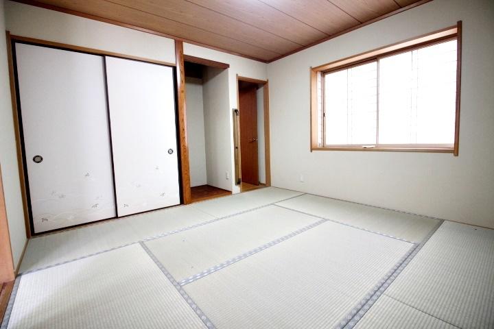 1Fの8畳の和室です。