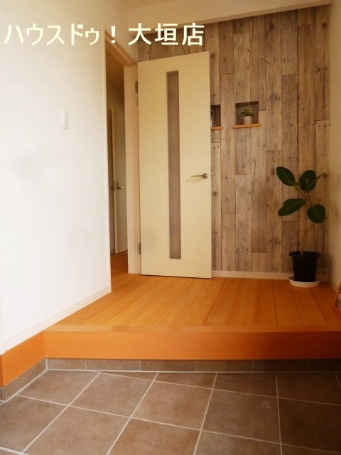 お家の顔の玄関はいつでも気持ち良くお客様をお迎えします。