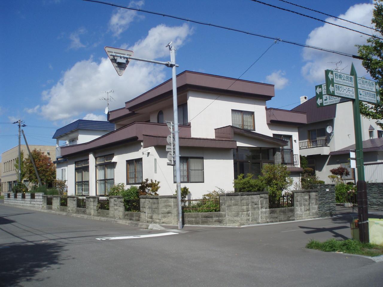 江別市錦町の、中古戸建です
