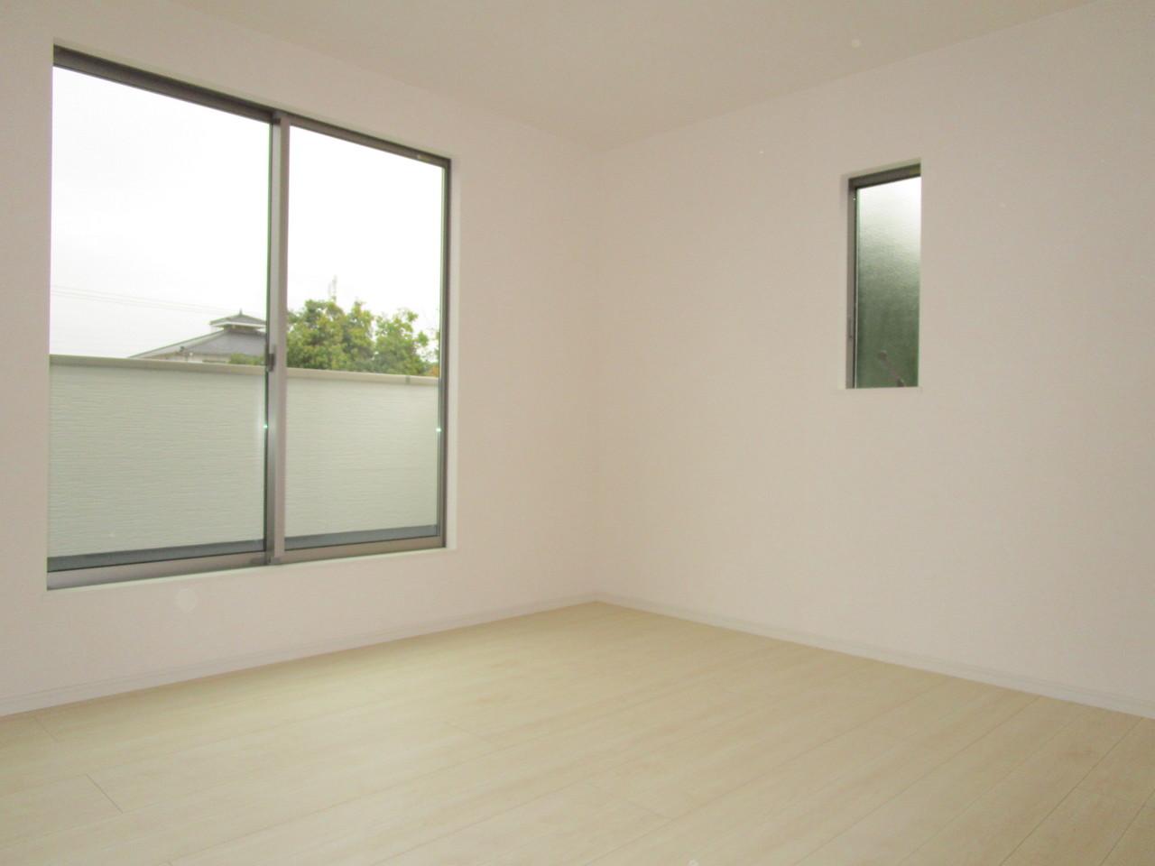 全居室収納スペースがあるので、お部屋もすっきりお使いいただけます