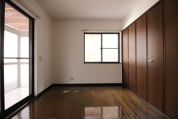 全居室が6帖以上の広さです。