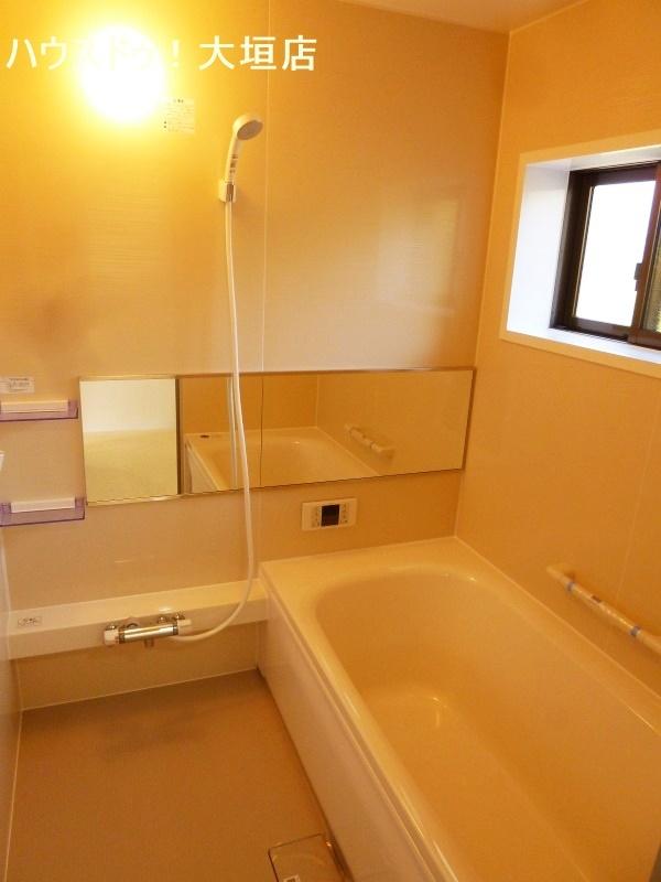 浴室も交換済みで毎日気持ち良くお使い頂けます。