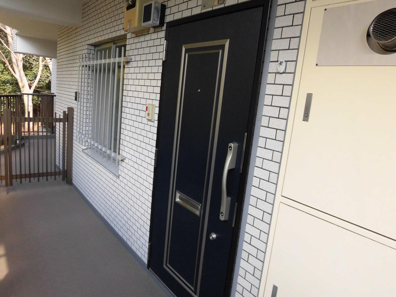 H27年9月大規模修繕工事実施済み!玄関ドアも安心のディンプルキー!