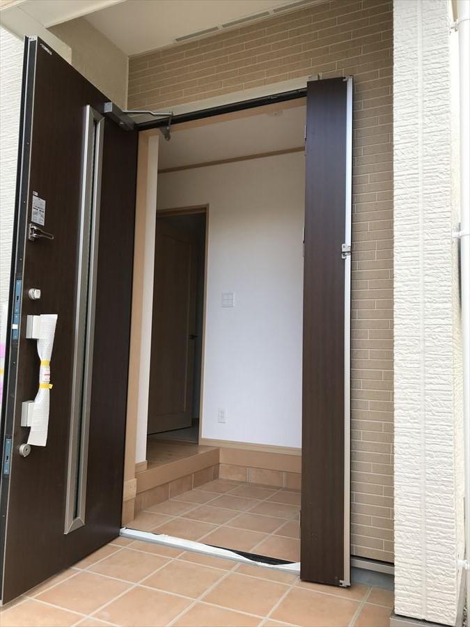 上質感の漂う玄関はとてもお洒落で気品があります。毎日元気良く出掛けられそう(^^)