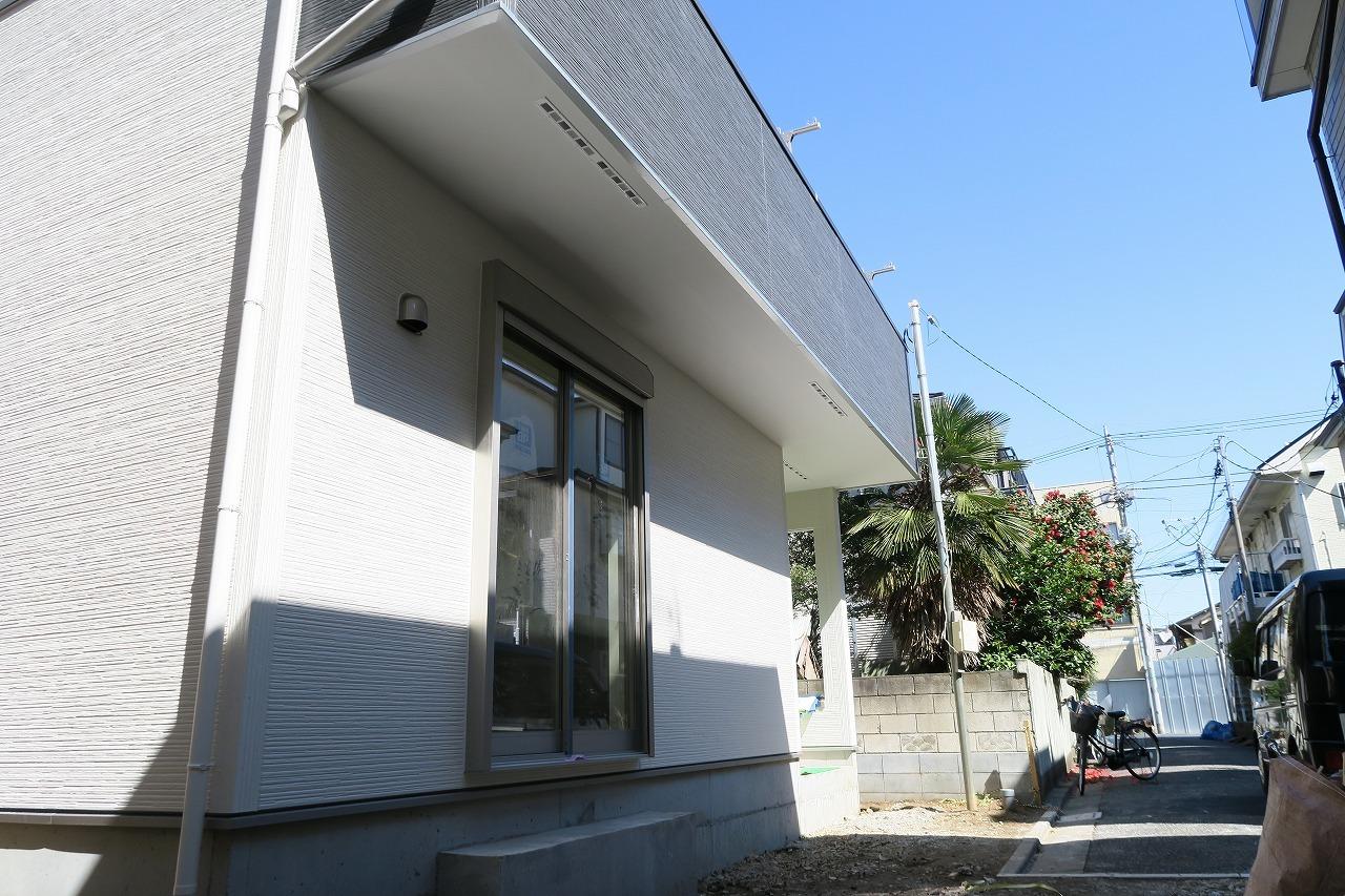 江戸川区南小岩4丁目の新築戸建物件です。