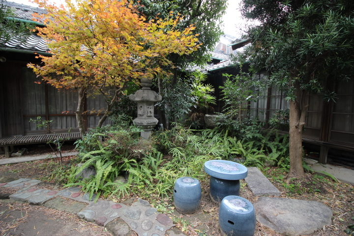 四季折々で雰囲気の変化を楽しむことができるお庭です